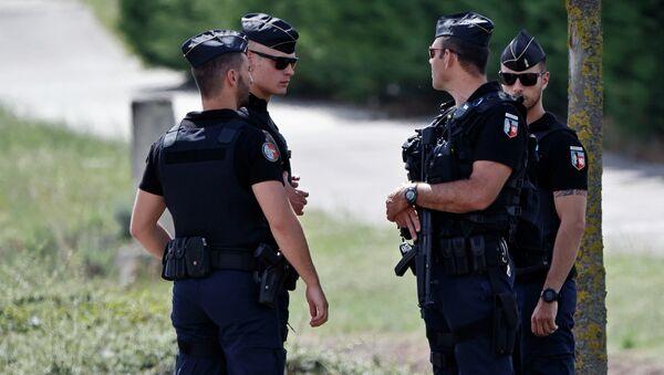 Policía francesa - Sputnik Mundo