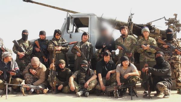 Militantes kazajos del Estado Islámico - Sputnik Mundo