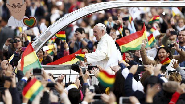 Papa Francisco durante su visita a Bolivia - Sputnik Mundo