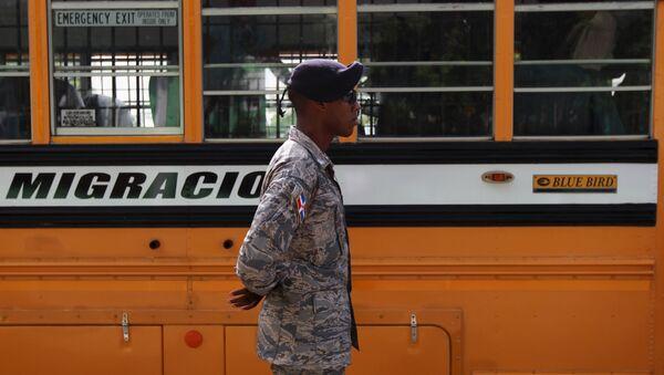 OEA inicia observación de conflicto migratorio entre República Dominicana y Haití - Sputnik Mundo