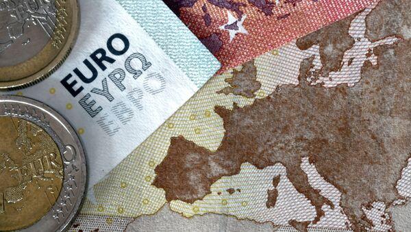 Monedas y billetes de euro - Sputnik Mundo
