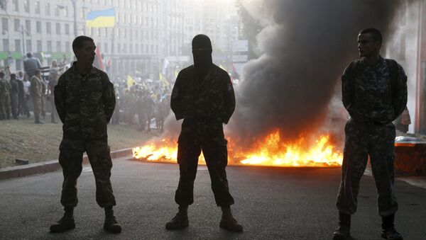 Miembros del grupo radical Pravy Sektor en Kiev - Sputnik Mundo