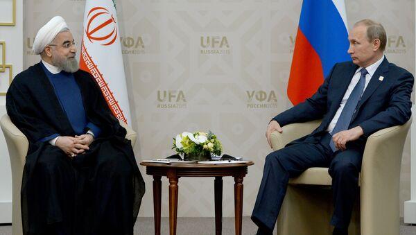 Hasán Rouhaní, presidente de Irán, y Vladímir Putin, presidente de Rusia (archivo) - Sputnik Mundo