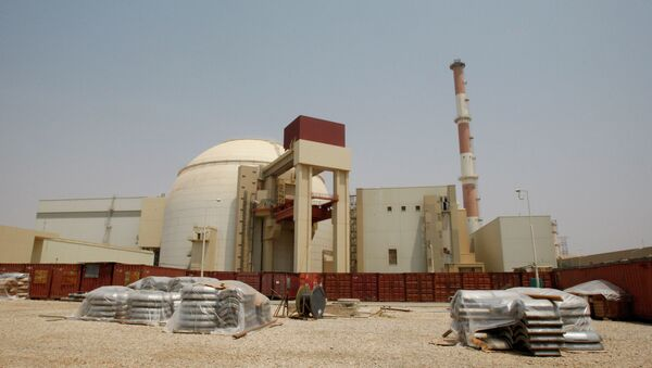 The reactor building of the Bushehr nuclear power plant is seen, outside the southern city of Bushehr, Iran - Sputnik Mundo