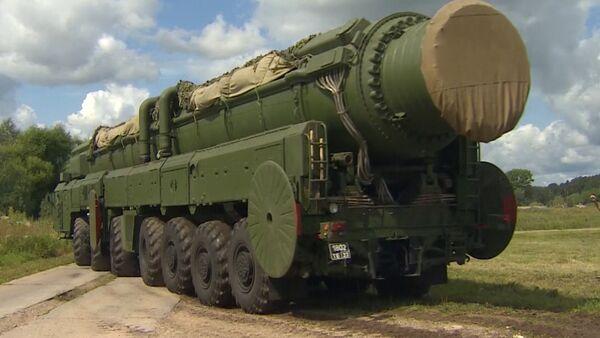 Ejército ruso realiza con éxito entrenamiento con misiles - Sputnik Mundo