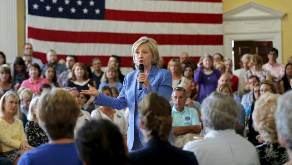 Hillary Clinton, precandidata presidencial  de EEUU - Sputnik Mundo