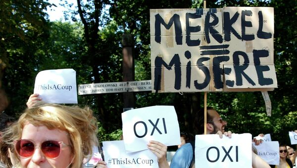 Manifestación en apoyo de Grecia en Berlin, el 17 de julio, 2015 - Sputnik Mundo