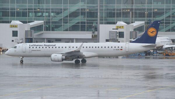 Lufthansa Embraer ERJ 195 - Sputnik Mundo