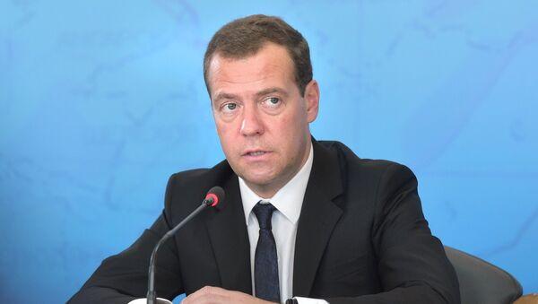 Dmitri Medvédev, el primer ministro de Rusia - Sputnik Mundo