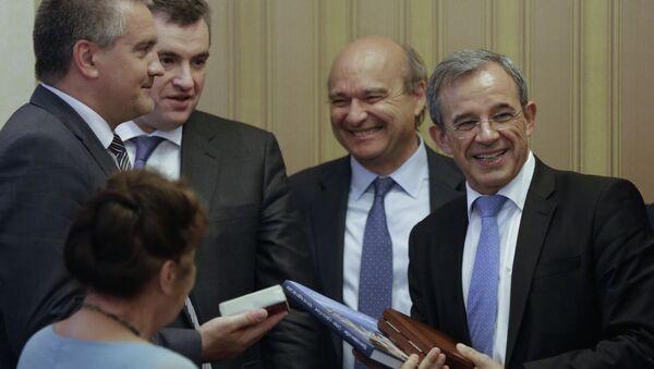 Delegación parlamentaria francesa visita a Crimea - Sputnik Mundo
