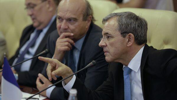 Diputados franceses durante su visita a Crimea - Sputnik Mundo