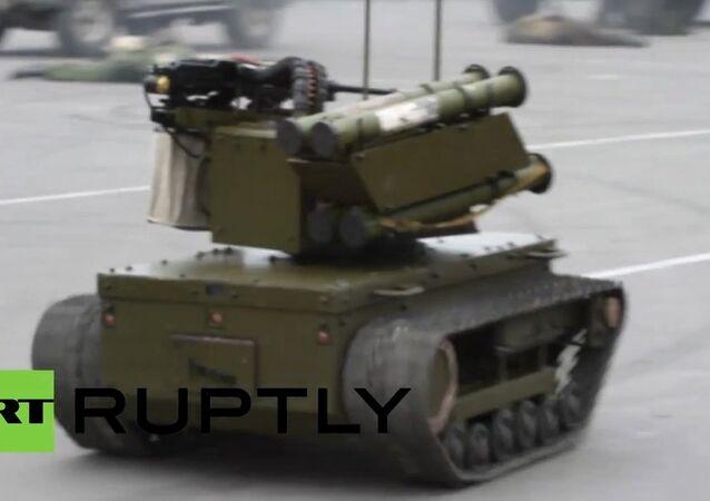 Robot militar de control remoto