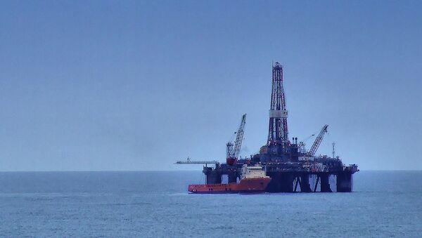 Platforma petrolífera en el Mar del Norte - Sputnik Mundo
