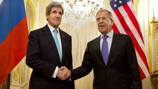 John Kerry, secretario de Estado de EEUU, y Serguéi Lavrov, ministro de Asuntos Exteriores de Rusia - Sputnik Mundo