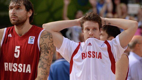 Baloncestistas del equipo nacional de Rusia Dmitry Sokolov y Dmitry Kulagin - Sputnik Mundo