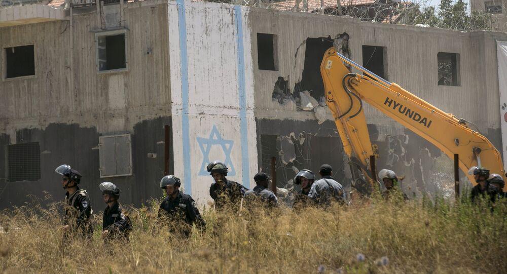 Demolición de los edificios (archivo)
