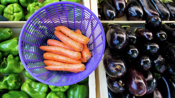 Verduras en un mercado - Sputnik Mundo