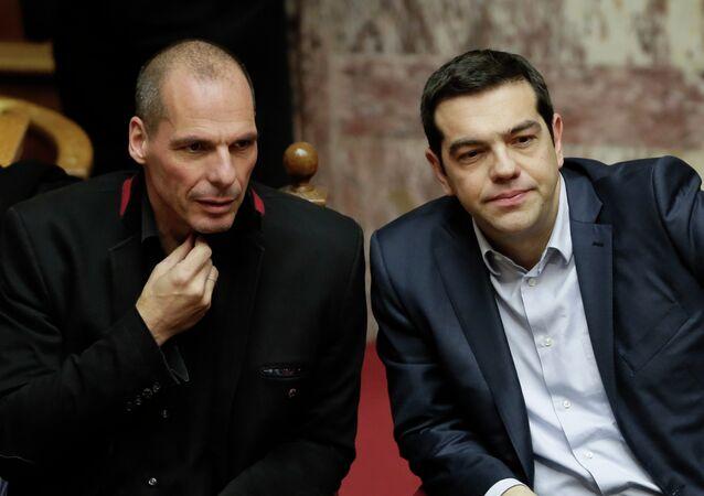 Primer ministro griego, Alexis Tsipras, y por entonces ministro de Finanzas de Grecia, Yanis Varufakis