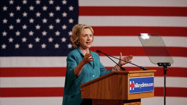 Hillary Clinton, precandidata presidencial estadounidense - Sputnik Mundo