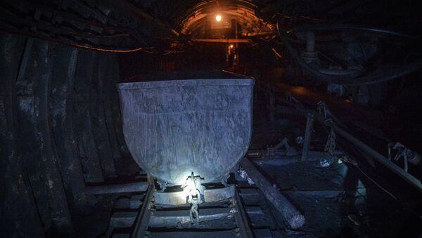 Lugansk augura que Ucrania se helará sin el carbón de Donbás - Sputnik Mundo