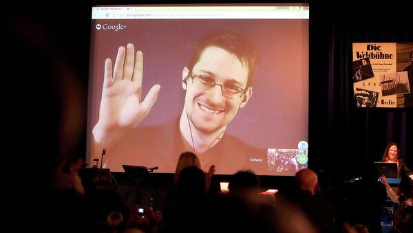 Edward Snowden (archivo) - Sputnik Mundo