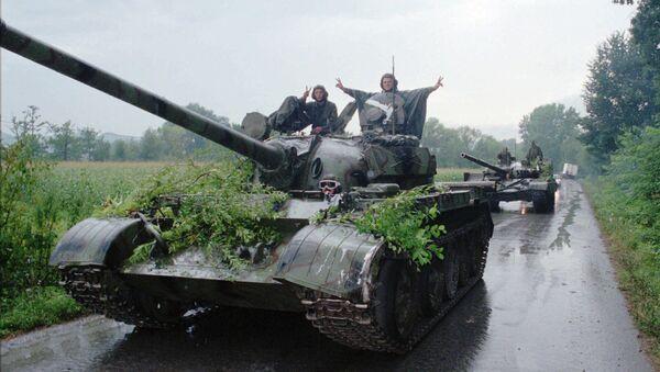 Soldados de Ejército croata celebran la victoria en Operación Tormenta (Archivo) - Sputnik Mundo