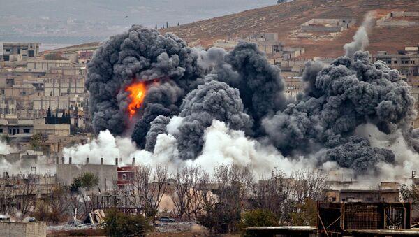 Ataques de la coalición liderada por EEUU en Siria (archivo) - Sputnik Mundo