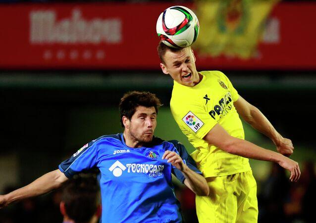 Alex Felip de Getafe y Denis Cheryshev de Villarreal