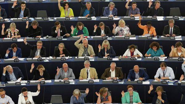 Sesión del Parlamento Europeo en Estrasburgo, Francia, el 9 de julio, 2015 - Sputnik Mundo