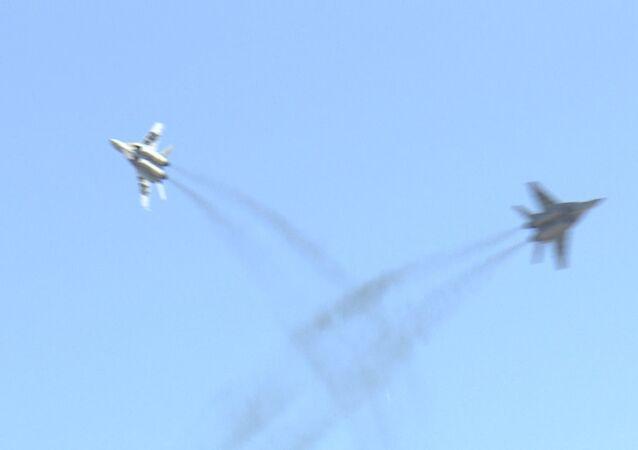 Concurso de pilotos militares Aviadarts 2015