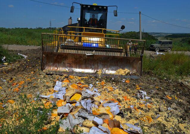 Destrucción de alimentos vetados en la provincia rusa de Bélgorod