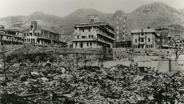 Nagasaki después de la explosión atómica - Sputnik Mundo