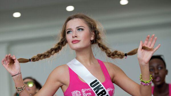 Diana Harkusha, participante ucraniana del concurso Miss Universo 2014 - Sputnik Mundo