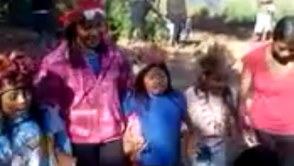 Tribus yanomamis y guaraníes de Brasil lanzan sus primeros vídeos al mundo - Sputnik Mundo