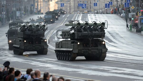 Ensayo del desfile militar en la Plaza Roja en Moscú - Sputnik Mundo