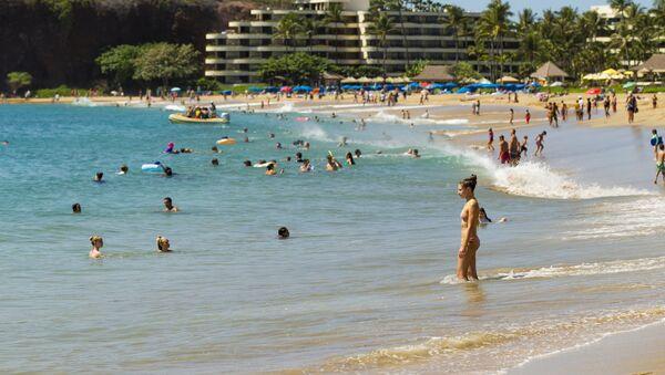 Playa en Lahaina, Hawái - Sputnik Mundo