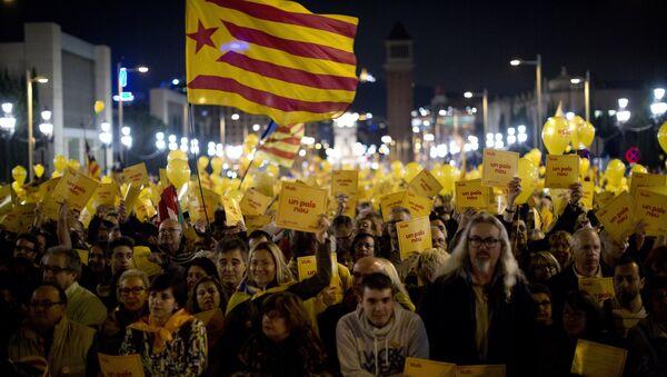 Votación simbólica por la independencia de Cataluña - Sputnik Mundo