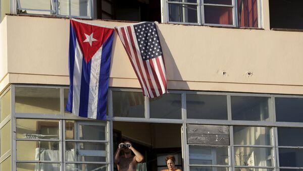 Banderas de Cuba y EEUU en La Habana - Sputnik Mundo