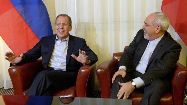 Ministro de Exteriores de Rusia, Serguéi Lavrov, y Ministro de Exteriores de Irán, Mohamad Yavad Zarif (Archivo) - Sputnik Mundo