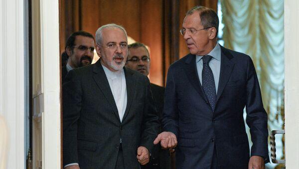 Mohammad Javad Zarif y Seguéi Lavrov, ministros de Exteriores de Rusia e Irán (archivo) - Sputnik Mundo