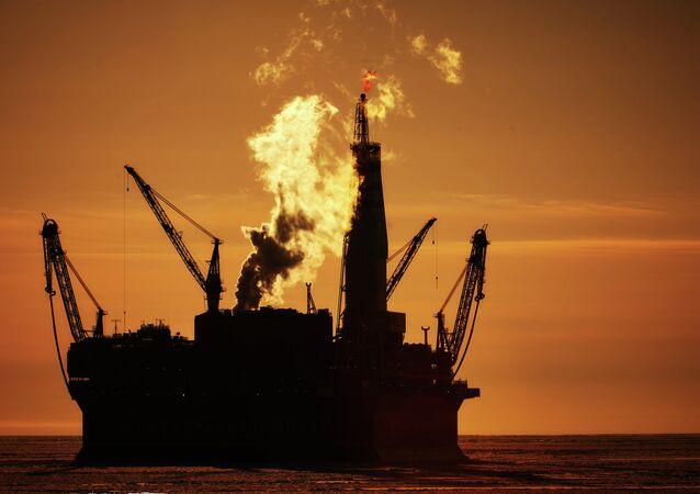 Una plataforma petrolera (imagen referencial)