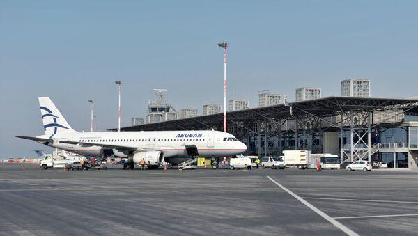 Aeropuerto de Salónica - Sputnik Mundo