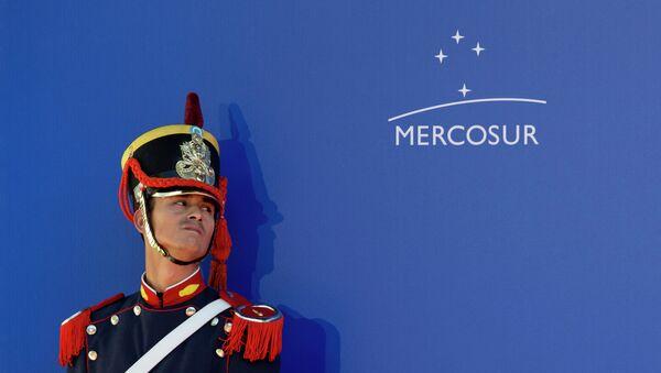 Un guardia de honor durante la Cumbre de Mercosur (archivo) - Sputnik Mundo