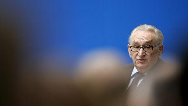 Egon Bahr, exministro alemán del Partido Socialdemócrata Alemán (SPD) (Archivo) - Sputnik Mundo
