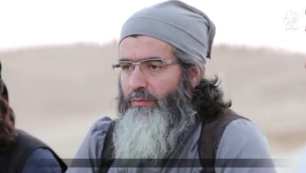 Un militante del Estado Islámico - Sputnik Mundo