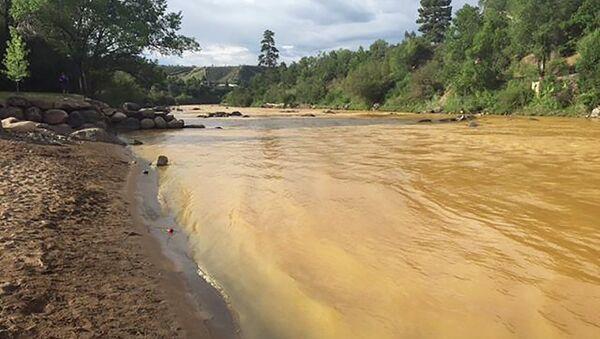 El río Animas en Colorado, cerca de la Mina Gold King - Sputnik Mundo