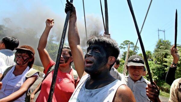 Los shuar protestan en Macas, 2009 - Sputnik Mundo