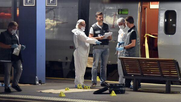 Tres heridos de bala en un tren de Ámsterdam a París - Sputnik Mundo