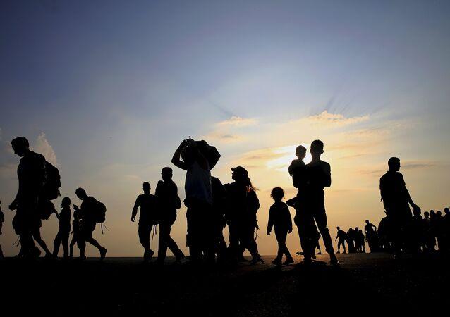 Siluetas de los refugiados sirios