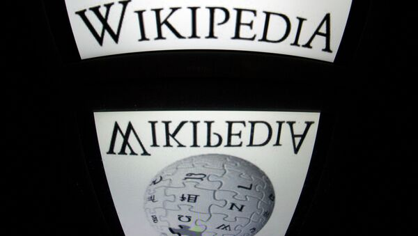 The Wikipedia logo is seen on a tablet screen on December 4, 2012 in Paris - Sputnik Mundo